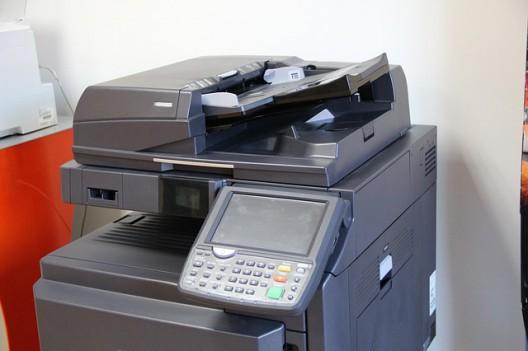 コピー機にデータは残るの?コンビニコピー機の安全面と各自の不注意
