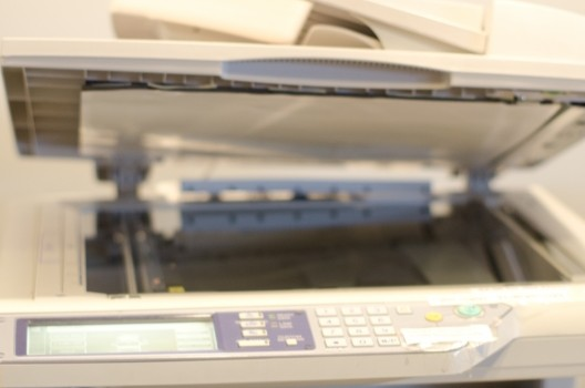 コピー機を家庭で使いたい方は業務用が吉!選び方の秘訣やリース契約
